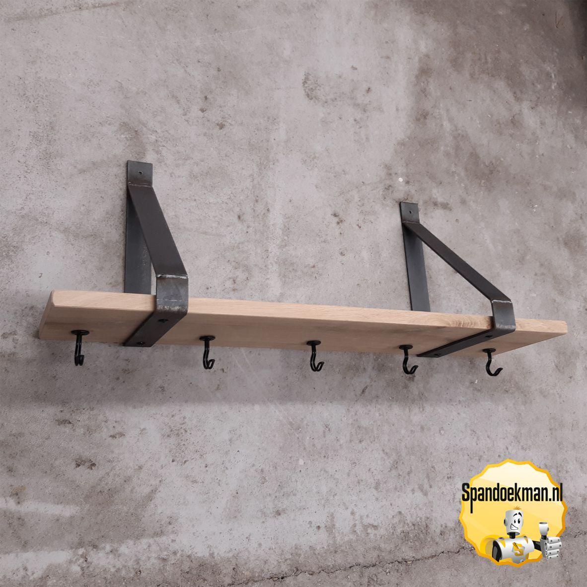 Kapstok van schapdrager driehoekig model